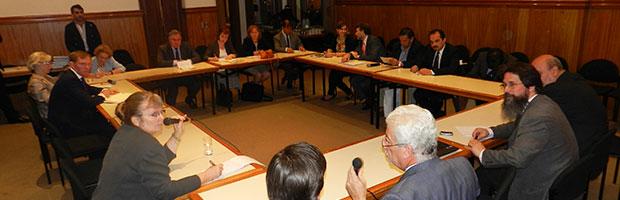 Parlamentarios británicos visitaron el CIN
