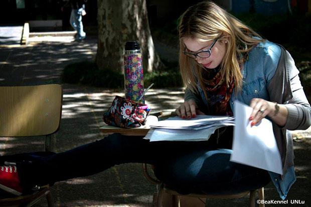 Alumna.-Fotografía-de-Beatriz-Kennel.-Universidad-Nacional-de-Luján.