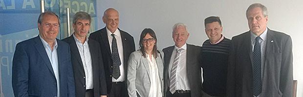 Reunión con diputados de la Comisión de Educación